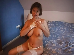 Elaine Very Hot French Naked Female Amateur (2008)