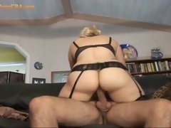 This is how a mature slut roling