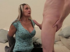 Curvy CFNM milf blowing a submissive cock