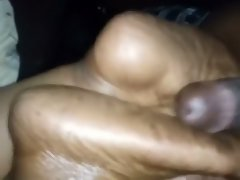 Cum on bbw gf wrinkle soles splashing her feet